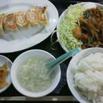 福泰厨房 - 201302 福泰厨房 豚肉の生姜焼きセット(680円)+餃子(290円)