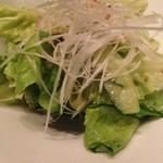 焼肉チャンピオン - サラダ菜ムンチ。