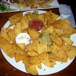 1723653 - Nachos and chips