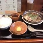 旬彩 皐月 - すき焼、これで800円!
