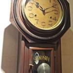 66DINING 六本木六丁目食堂 - セイコーの柱時計