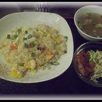17235255 - カオパットランチ(スープ サラダとチキン付き カオパット ドリンク) ¥650
