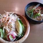 京都・烟河 - 私のサラダと豚汁