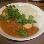 ミャンマーカレー TeTe - 冬瓜とチキンのカレー