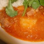 ミャンマーカレー TeTe - 豚軟骨の赤カレー2