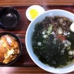 浜茶や食堂 - 磯物ラーメン小カツ丼セット¥1000