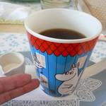 かもめ食堂 - セットメニューのコーヒー(ビアマグのような大きさです)