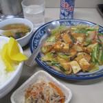 ちゃんぽん亭 - 料理写真:厚揚げ旨煮定食 700円