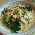キッチン彩 - パスタランチ\1050シーフードとチンゲン菜のクリームソース