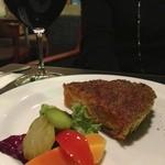 テオレマカフェ - ワインとキッシュ、ピクルス