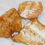 ケンタッキーフライドチキン - 更に分解♪ マヨネーズとチーズも現れる♪ チーズは通常の1/2サイズ★