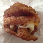 ケンタッキーフライドチキン - 料理写真:ケンタッキーチキンライス  楽しみにしてたけど、味濃過ぎ(´Д` )