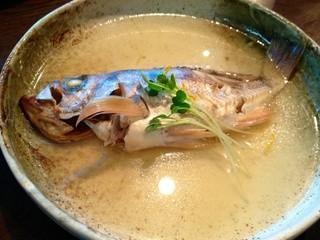 空 - 白身魚のマース煮。沖縄の伝統的な煮込みです。