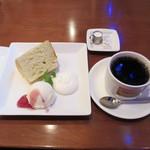 MUSIC BAR&DINING 吉祥寺 Mojo Cafe - シフォンケーキと珈琲