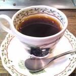 ステーキハウス 梶 - ミニカップのコーヒーを頂いて終了。