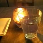 和酒バル KIRAZ - チェイサーのミネラルウォーター