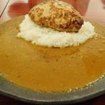 ダッチオーブン - 手ごねハンバーグのルーカリー(¥1,000) 2013.02