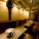 椎名牧場 - 落ちついた雰囲気の二階席。宴会やデートなどに。