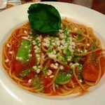 17293959 - トマトとモッツァレラチーズのスパゲティカプレーゼ風 628円 691kca