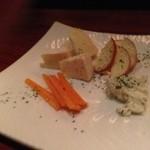 スケアクロウ - チーズ盛り