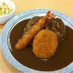 キッチンメル - カレー(400円)+コロッケ(70円)+えびフライ(100円)