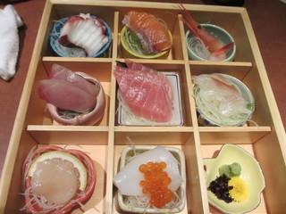 創作料理ゆうが 三島店 - お刺身盛り合わせ