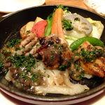 17298603 - (o>ω<o)但馬産すこやか鶏と地野菜のグリル:1449円