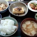 17299736 - 限定10食ランチ950円