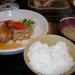 Tsunokuniya - 津国屋 ランチ鶏肉の照り焼き