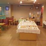 壺屋総本店 - 旭川市内・近郊のクラフトが並びます。