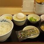 17306634 - 定番朝定食(350円)