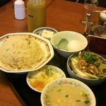 17308198 - チャーハン+バンバン豆腐セット