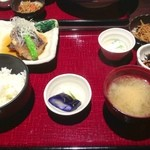 月の坊 - 本日の煮魚御膳(メバルの煮付け)
