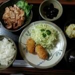 レストランごとう - Bランチ ツナ入クリームコロッケと生姜焼 ¥980