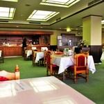 和歌山カントリー倶楽部 - レストラン内
