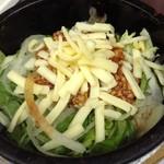焼き鳥と野菜串のCOCOZO - 石焼まぜご飯。これは「石焼タコライス」茶漬けにしても、そのままでも美味しい!!