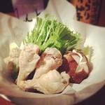 焼き鳥と野菜串のCOCOZO - これが自慢の水炊き!2人前1680円