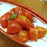 あぶ家 - とりあえずトマト。