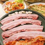 カントンの思い出 - 料理写真:国産豚肉 「豚サムギョプサル」(1人前¥1.029)
