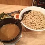 春樹 - つけ麺、大盛り