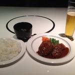 17321455 - お昼にゆったりとできる洋食屋さんです。