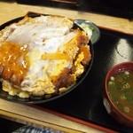 そば処 まる栄 - カツ丼