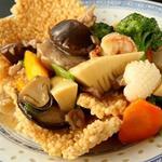 嘉賓 - 広東風おこげ料理