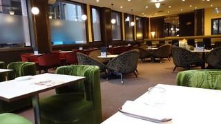 喫茶室ルノアール 品川高輪口店 - ゆったりとした店内