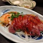海鮮居酒屋さんせん -  鮪ほほ肉たたきユッケ風(504円)