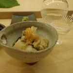 鮨 生粋 - 牡蠣の酒蒸し(以下2013年2月)