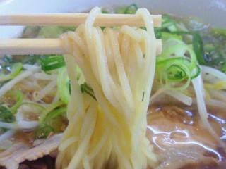 ゆう - ラーメン(中細ストレート麺)