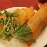 中国料理 青冥 - 春巻、茄子の挟み揚げ