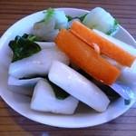 17347462 - 野菜(お替り自由)