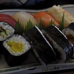 和膳 松たに - 寿司盛り合わせ